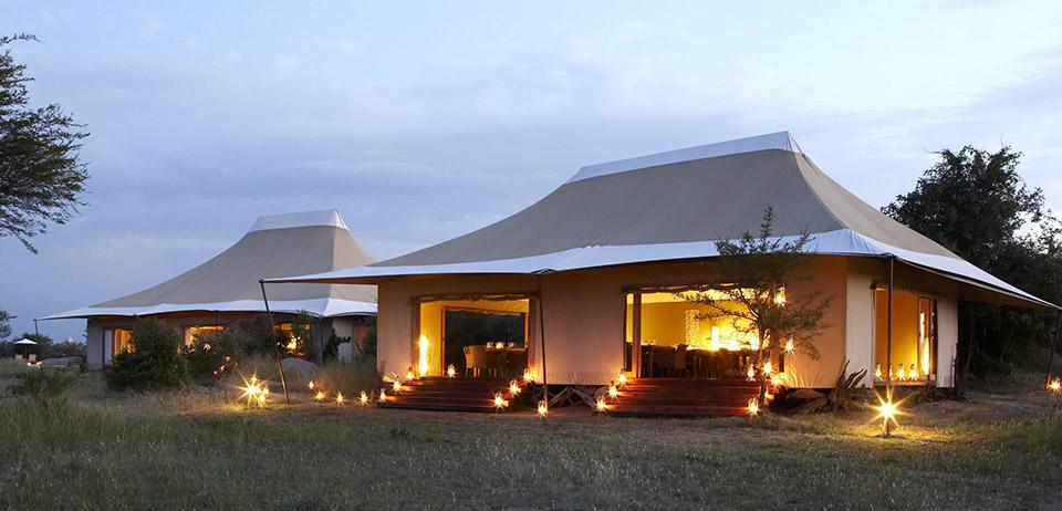 Sayari-Camp-Dining-room-exterior